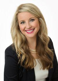 Headshot Nicole Ware
